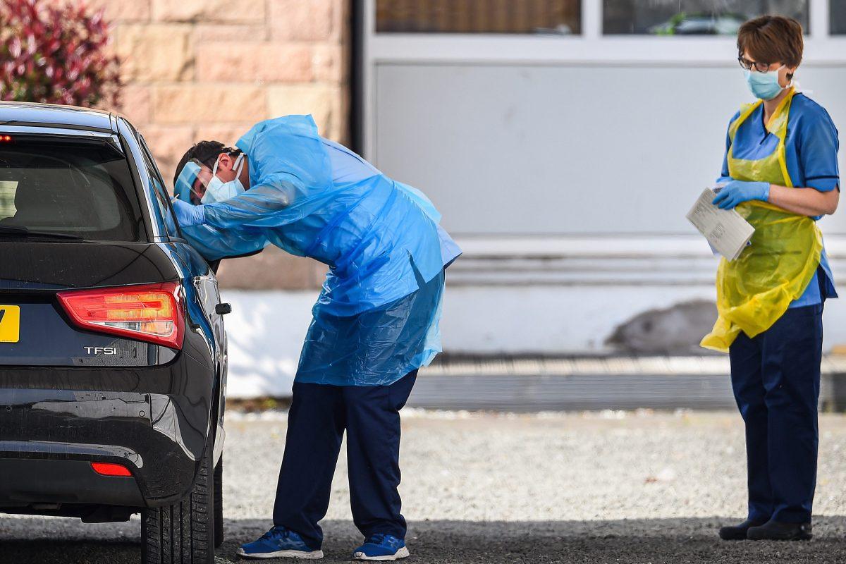 Coronavirus UK LIVE: Key worker testing now available as Boris Johnson plans Monday return and deaths hit 18,738