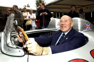 How old was Stirling Moss, what was the F1 legend's cause of death, and how many World Championship's did he win?