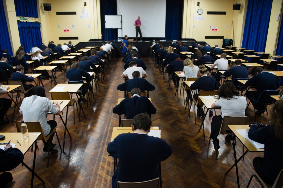 Kids to be sent back to school in THREE WEEKS time as ministers plan to ease coronavirus lockdown