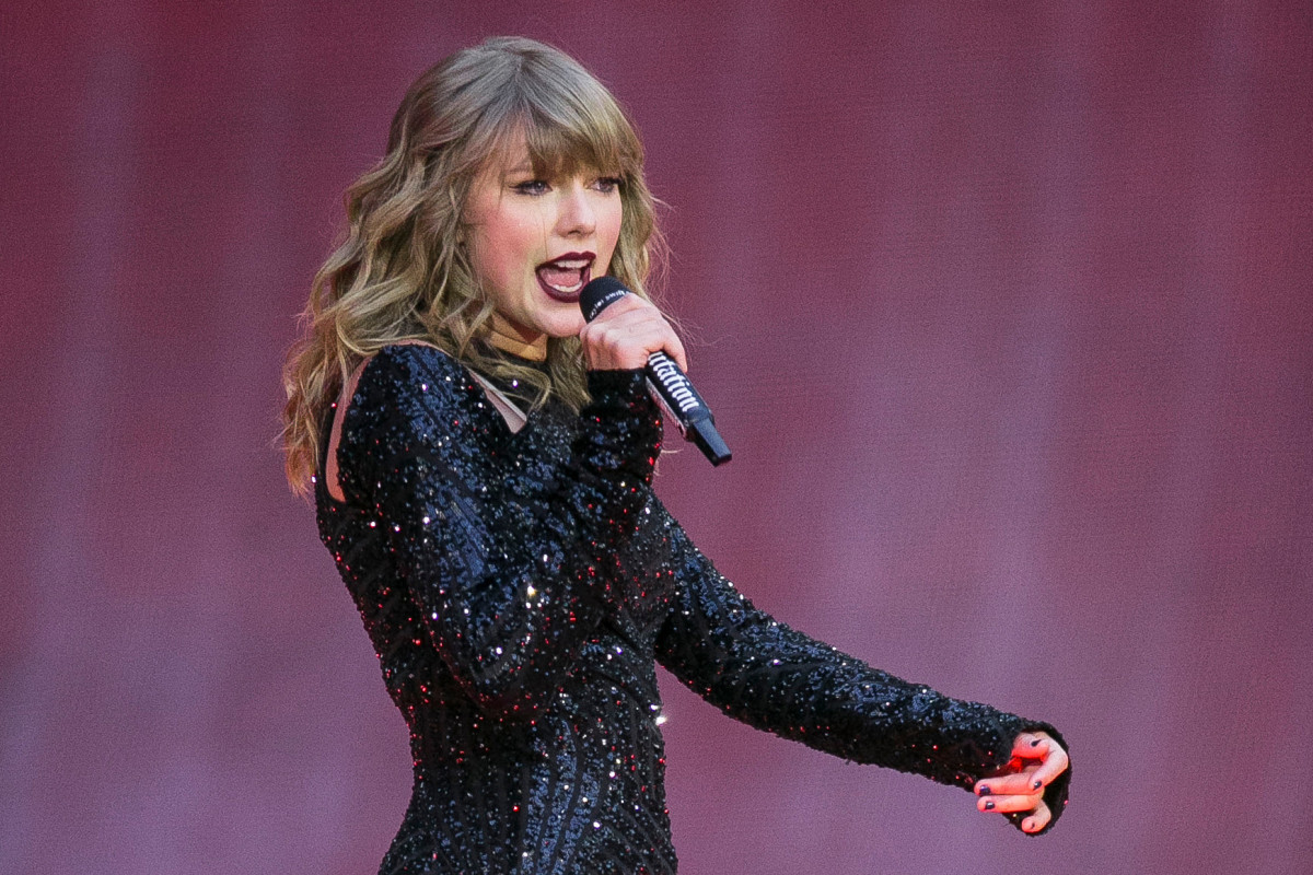 Taylor Swift fans heartbroken as star cancels ALL concerts for rest of the year and vows to return in 2021