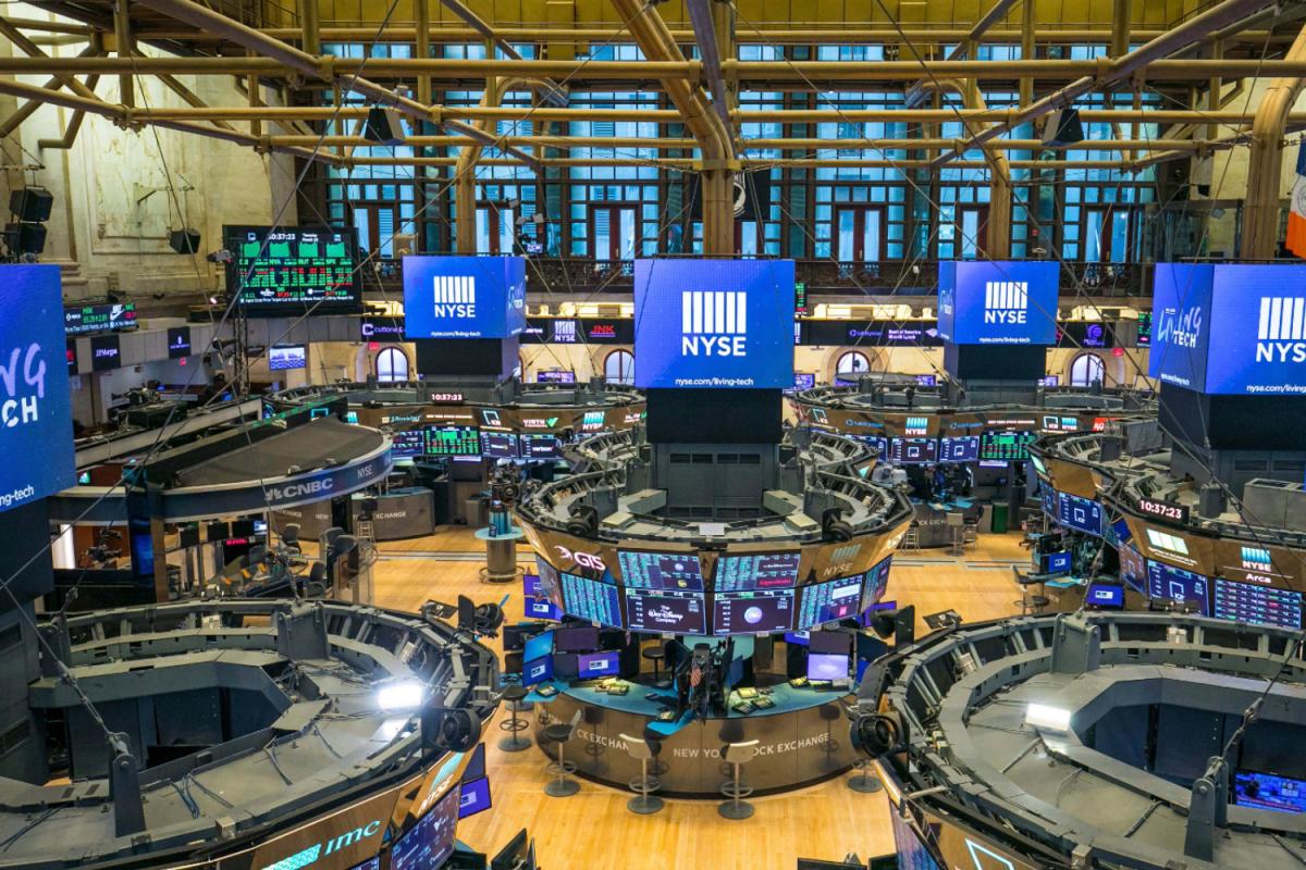 Many Americans used coronavirus stimulus check money to trade stocks