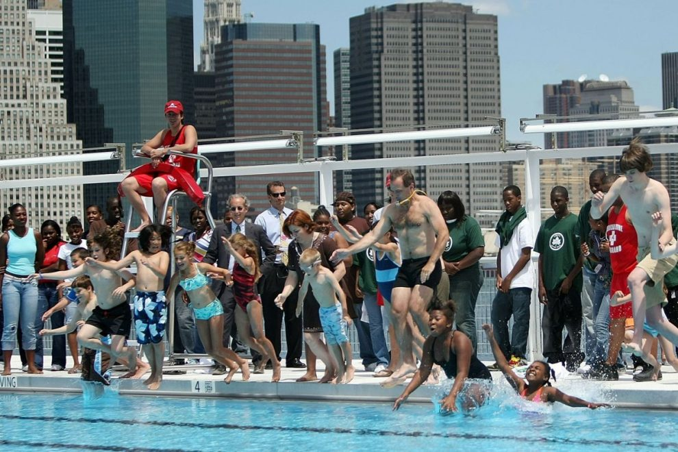 There's NO evidence coronavirus can be spread in swimming pools, CDC says