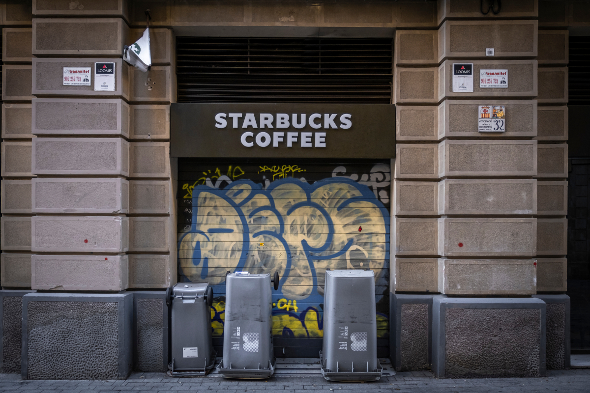 Starbucks to close up to 400 stores across the country as coronavirus decimates dine-in business