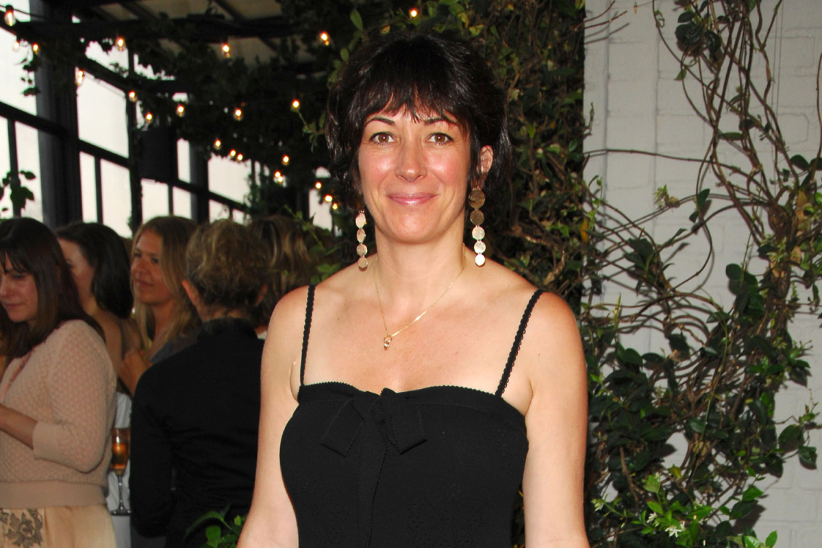 Ghislaine Maxwell latest: Heiress tells judge she's 'not Epstein' as she begs for release from prison on £4m bail