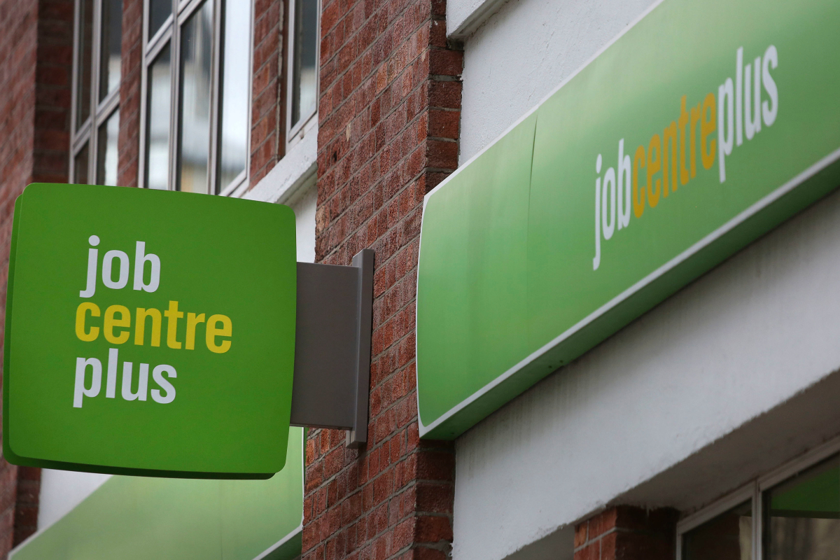Thousands of Universal Credit claimants to get extra two weeks' benefits when moved onto the system