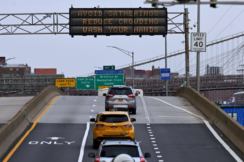 Cops stop 350 cars entering New York City at random new 'coronavirus checkpoints' to enforce quarantine rules