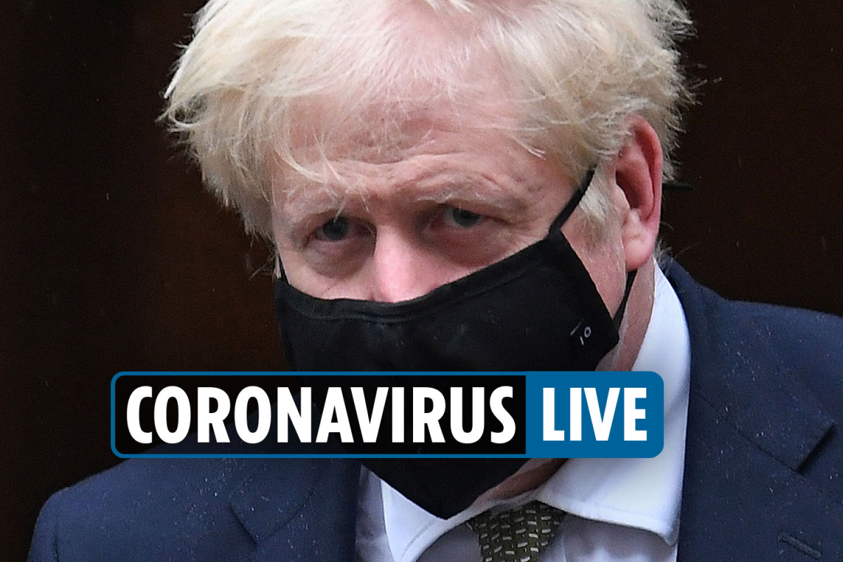 Coronavirus UK news – Lockdown REVOLT as Manchester mayor and northern Tory MPs blast Boris for  Tier 3 'southern bias'
