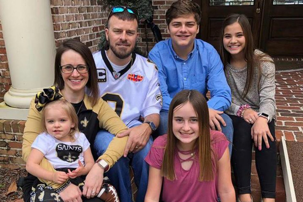 'Healthy' dad, 43, paralyzed & unable to speak after getting Johnson & Johnson vaccine as jab pulled due to blood clots