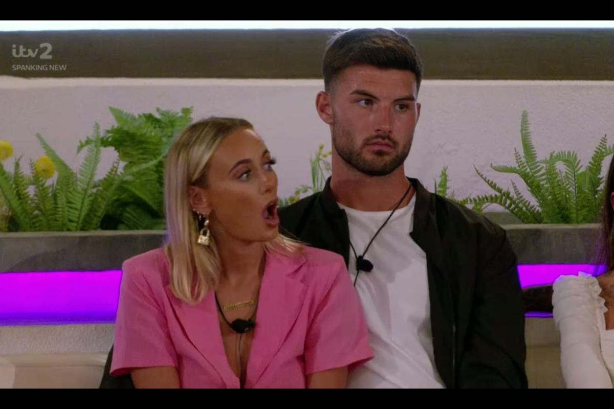 Furious Love Island fans complain to Ofcom over show's 'cliffhanger endings'