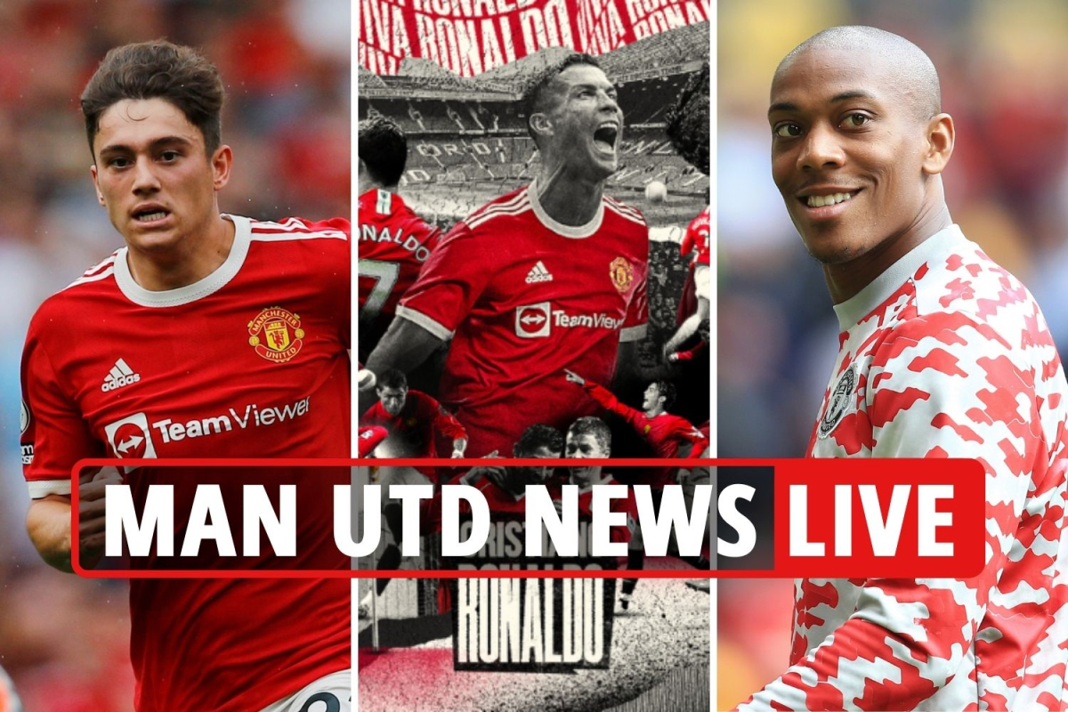 Cristiano Ronaldo 'to get Man Utd No 7 shirt', Cavani STAYING, Dan James to Leeds CONFIRMED, Martial LATEST
