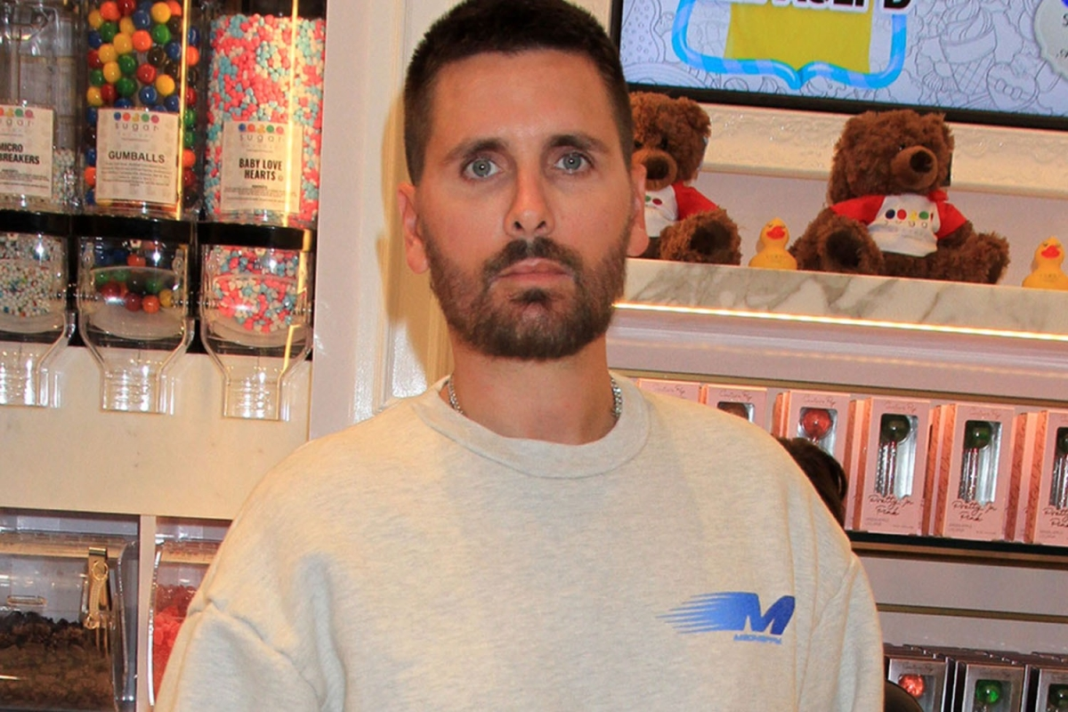 Scott Disick unfollows ex Amelia Hamlin and the Kardashian family after he's 'mortified' over leaked DMs
