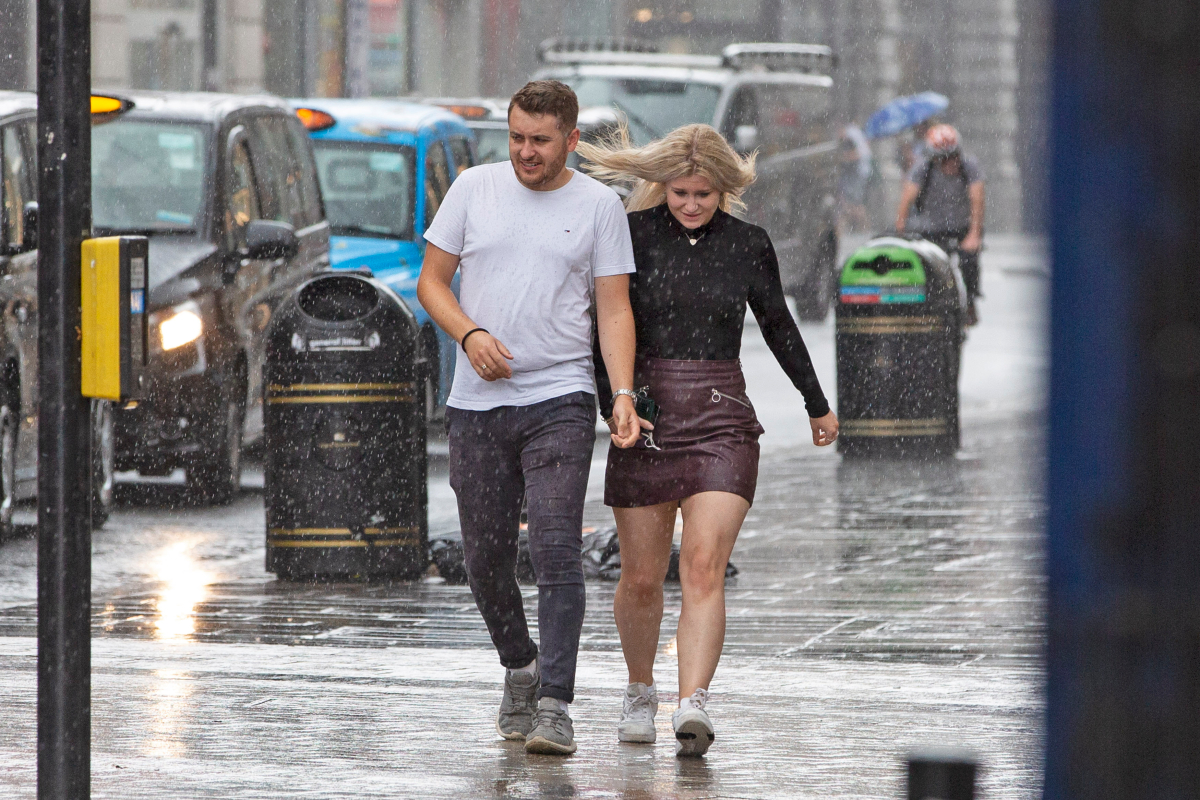 UK weather: Flood-hit Britain to be lashed with thunderstorms & lightning this weekend